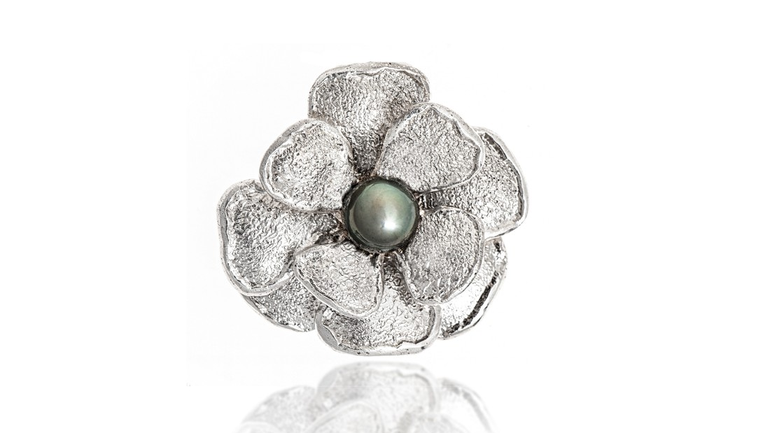 Lg image tahitian pearl flower   cropped
